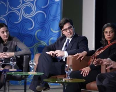Luis Ubiñas with panelists Risa Lavizzo-Mourey, Alfred Spector and Stephanie Strom. 2011. This image is not available under the 4.0 Creative Commons license.