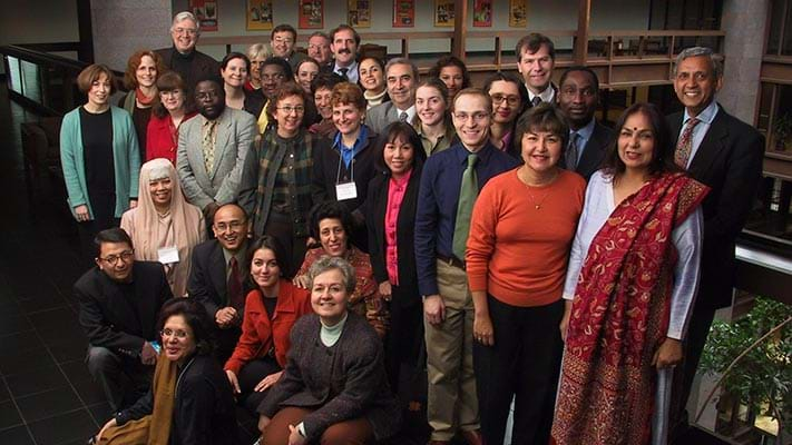 Group shot of International Fellowships Program participants. 2001. Photo Credit: © Ford Foundation