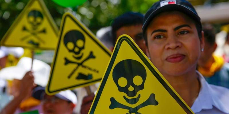 Hundreds of people protest against mining in San Salvador, El Salvador. 'No to mining yes to life' was one of the slogans shouted by representatives of the Catholic church, devotees and environmentalists during the protest. March 9, 2017. Photo credit: EFE/Newscom