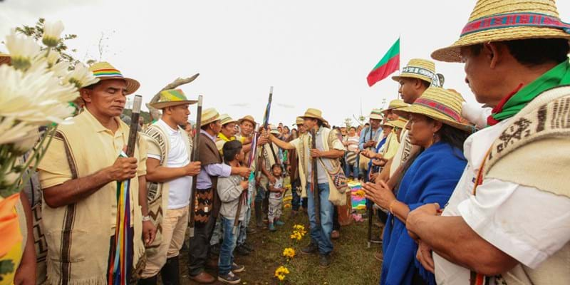 Indigenous Guard members in a ceremony during an assembly of the Association of Indigenous Cabildos in the North of Cauca, Colombia. October 12, 2017. Dredit: Patricia Rincon / Ford Foundation.